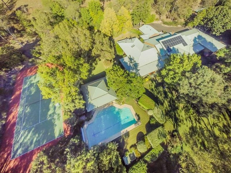 520 Gold Creek Road, Brookfield QLD 4069