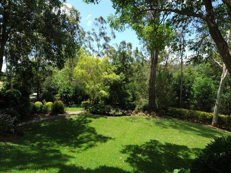 520 Gold Creek Road, Brookfield QLD 4069