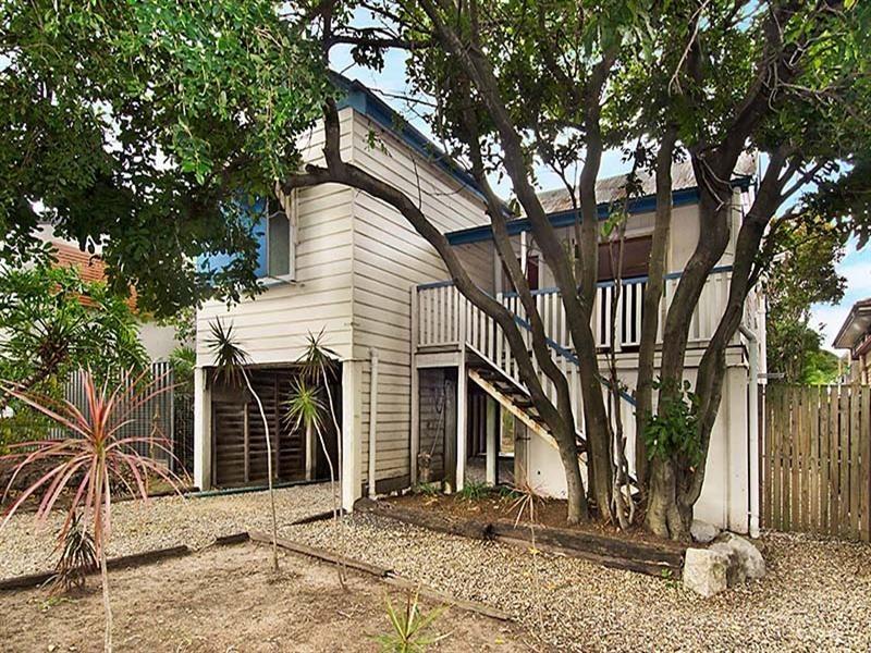 93 Nudgee Road, Hamilton QLD 4007