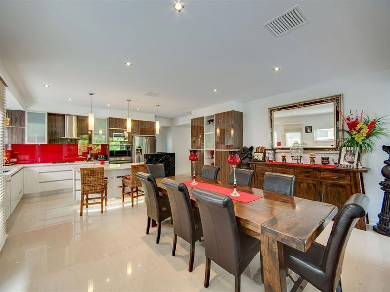 90 Stringybark Drive, Chermside West QLD 4032