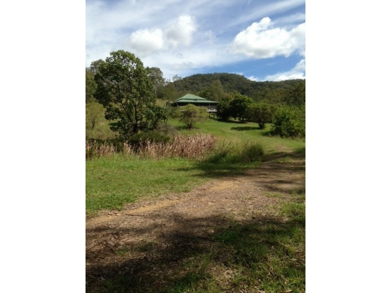 2186 Amamoor Creek Road, Amamoor QLD 4570