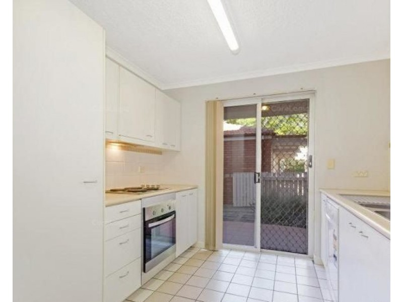 2/30 Dobson Street, Ascot QLD 4007