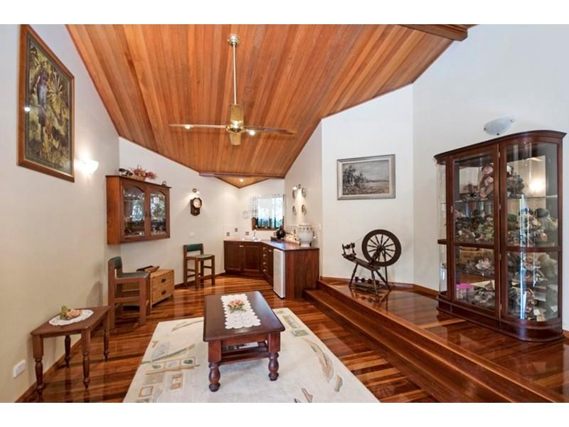 Tinaroo QLD 4872