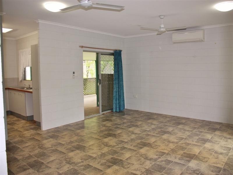 15 Beagle Close, Bentley Park QLD 4869