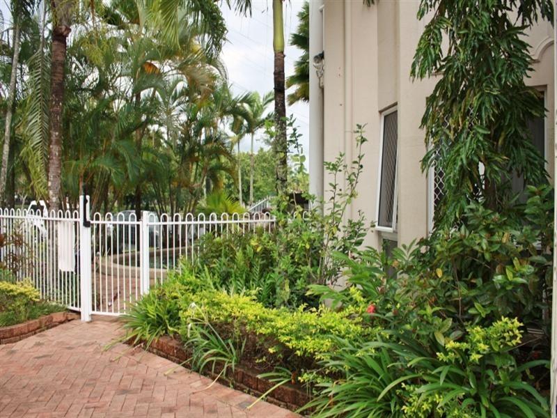 1/182 McLeod Street, Cairns North QLD 4870