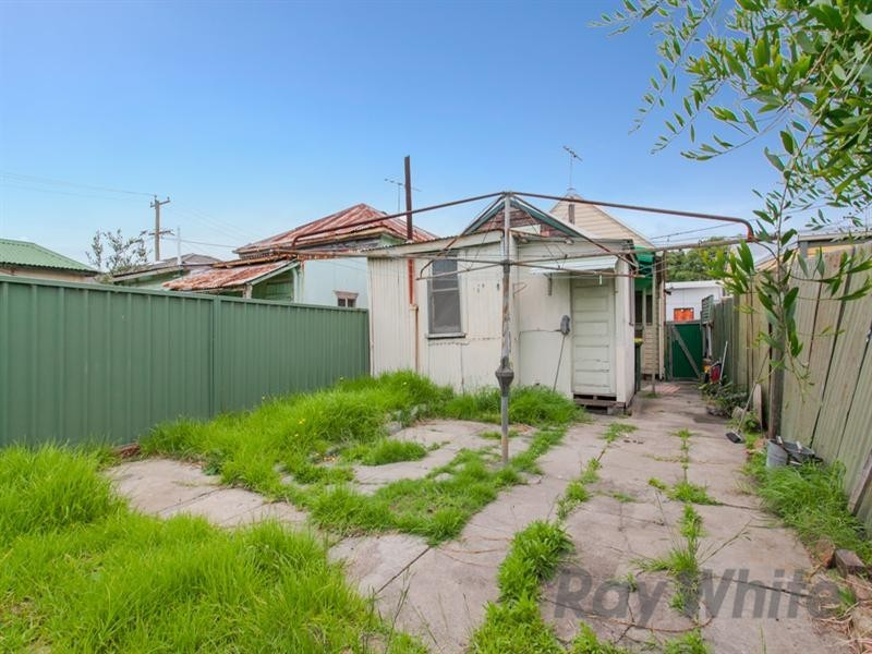 38 Rodgers Street, Carrington NSW 2294