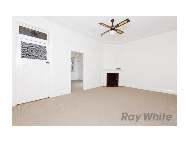 2/340 Brunker Road, Adamstown NSW 2289
