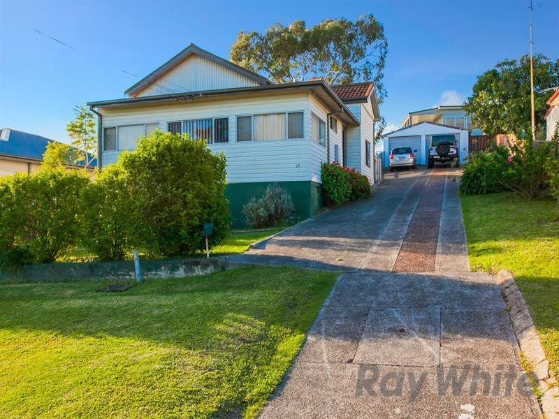 15 Raymond Street, Speers Point NSW 2284