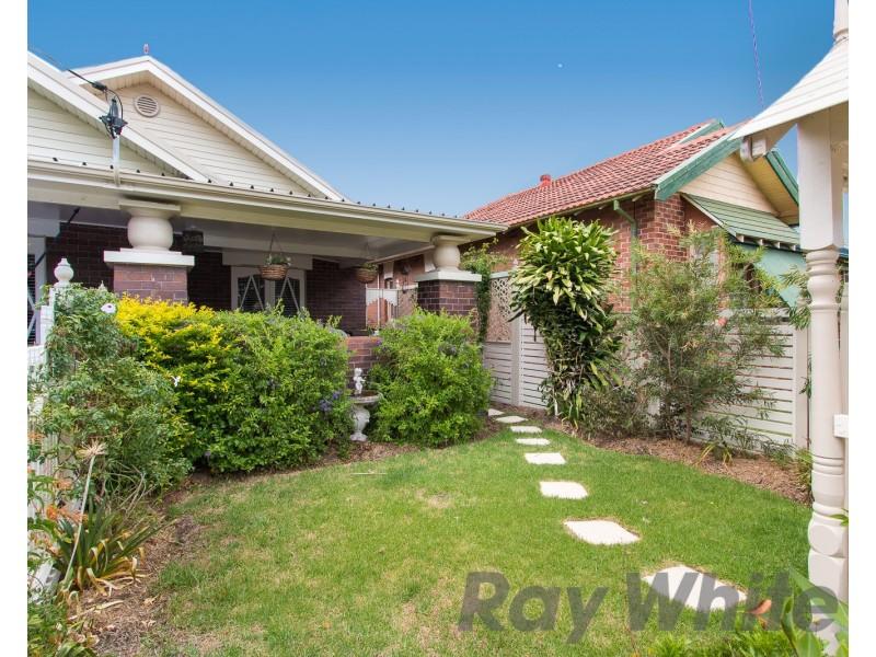 155 Tudor Street, Hamilton NSW 2303