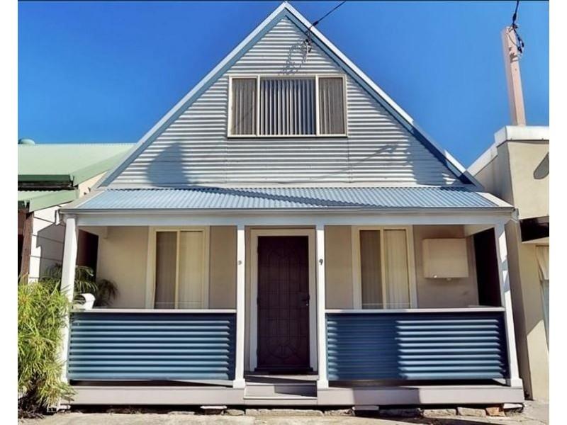 9 Scott Street, Carrington NSW 2294