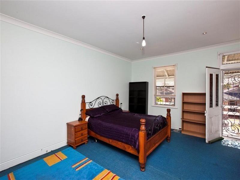 4 Garrett Street, Carrington NSW 2294