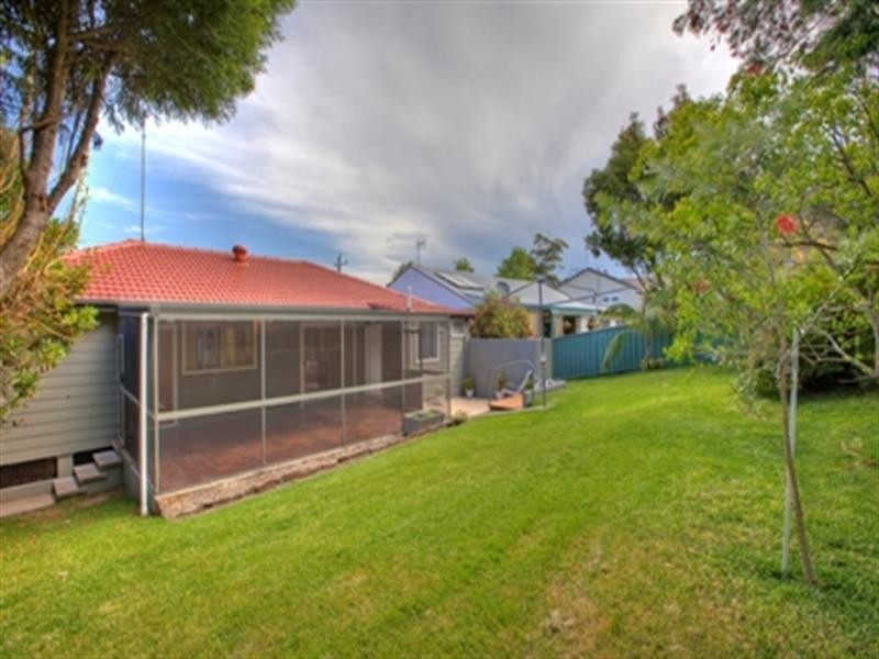 28 Faul Street, Adamstown Heights NSW 2289