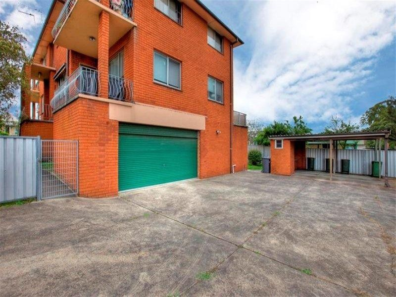 8/8 Mandalong Road, Adamstown NSW 2289