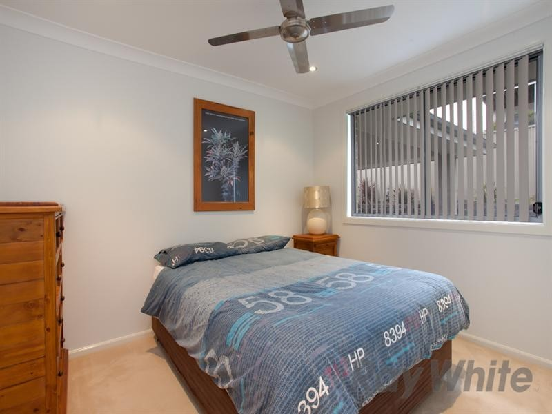 27 Tuckeroo Circuit, Adamstown NSW 2289