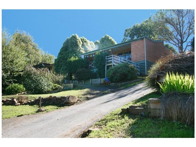 15 Hill Road, Warburton VIC 3799