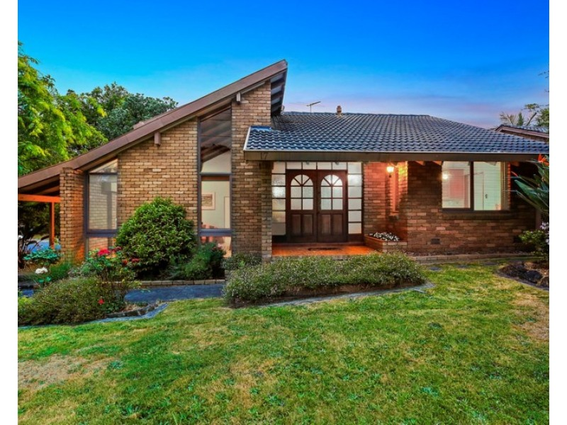 17 Coachmans Court, Chirnside Park VIC 3116