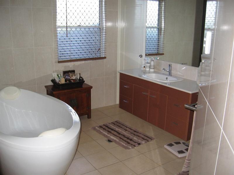 19 Leichardt Way, Andergrove QLD 4740