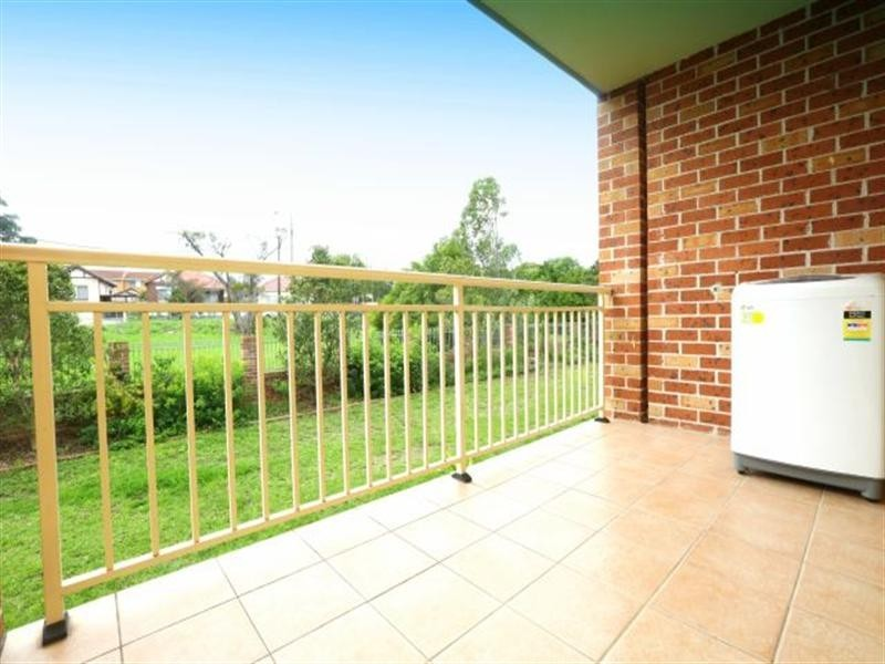 4/274 Stacey Street, Bankstown NSW 2200