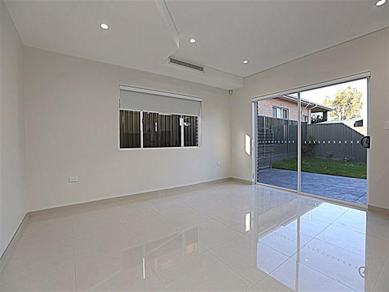 1/41 Highland Avenue, Bankstown NSW 2200