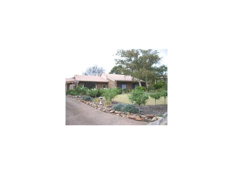 3 Grassdale Rise, Aberfoyle Park SA 5159