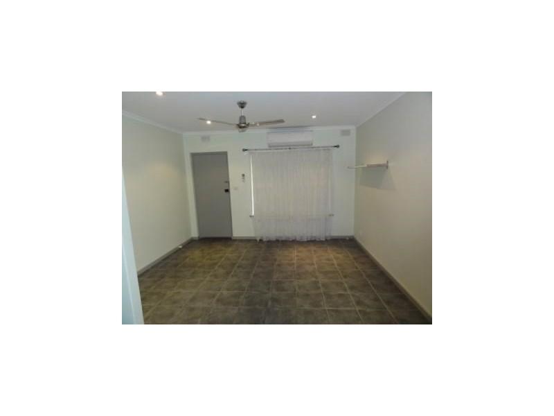 2/94 Glyde Street, Albert Park SA 5014