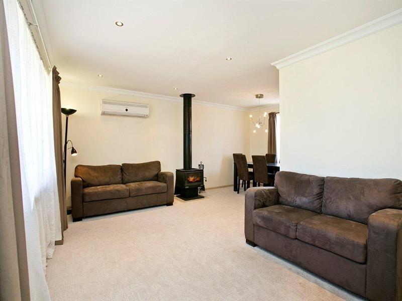 18 Callanna Court, Craigmore SA 5114
