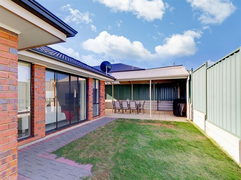 10 Toby Court, Hallett Cove SA 5158