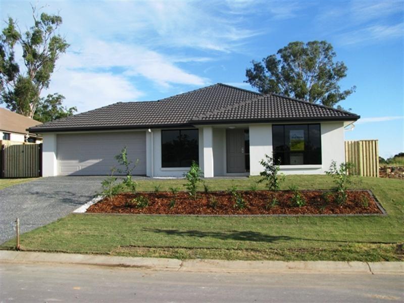 28 Eric Drive, Blackstone QLD 4304