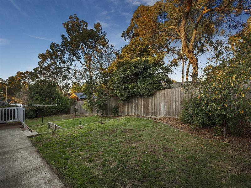 20 Beleura Grove, Lower Plenty VIC 3093