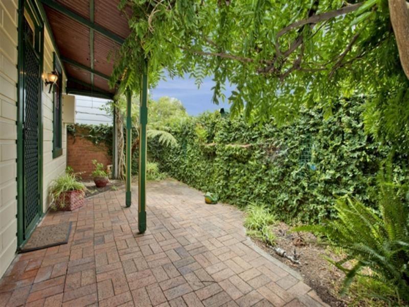 27 Bourke Street, Carrington NSW 2294