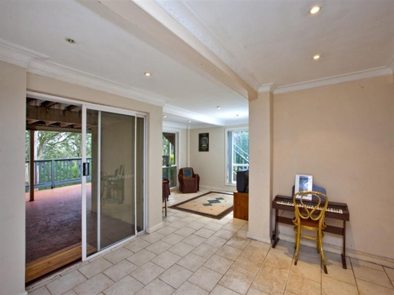18 Montrose Avenue, Adamstown Heights NSW 2289