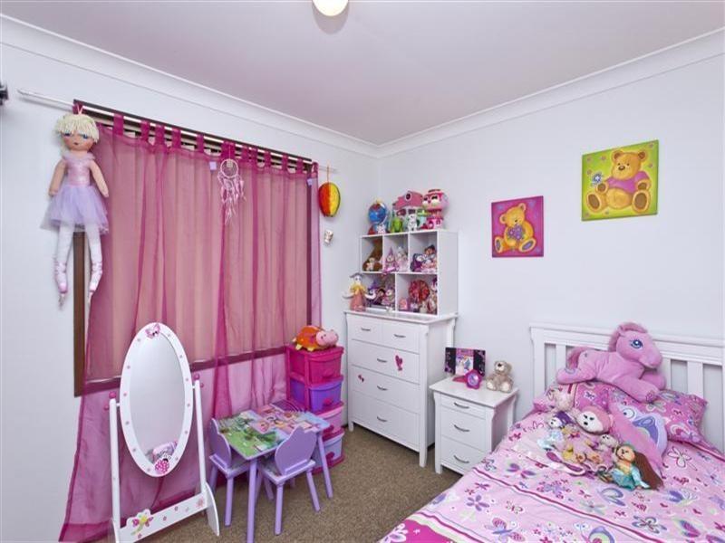 4 Caroona Close, Adamstown Heights NSW 2289