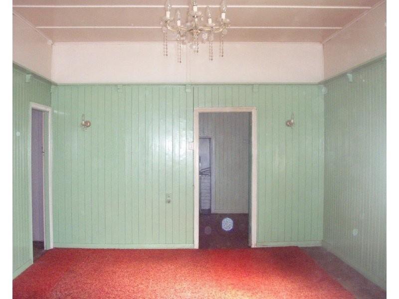 14 Eena Street, Yelarbon QLD 4388