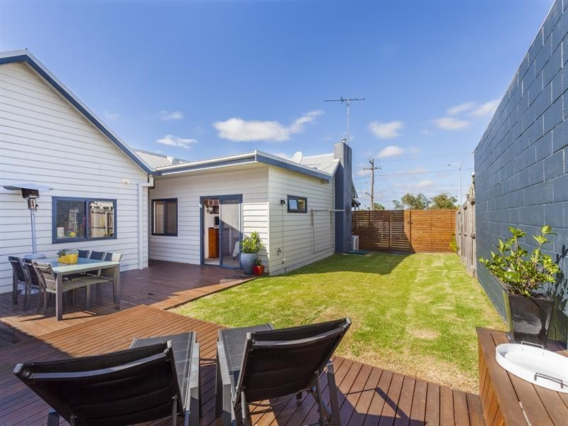 110 Settlement Road, Belmont VIC 3216