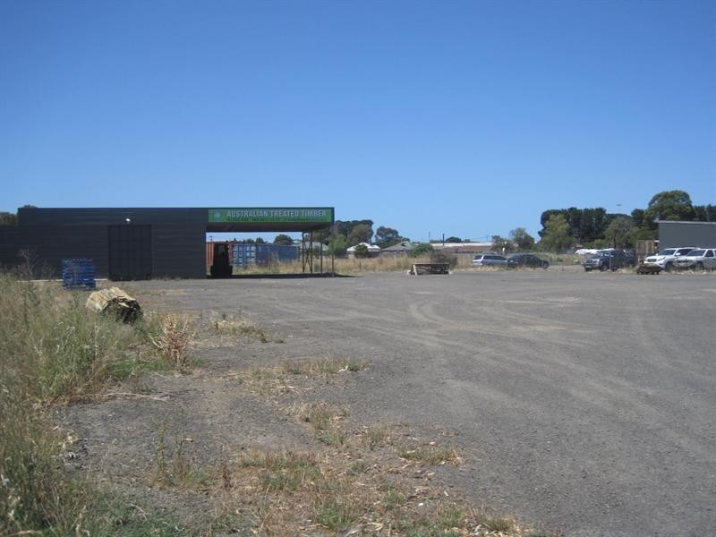 13 Dalton Street, South Geelong VIC 3220