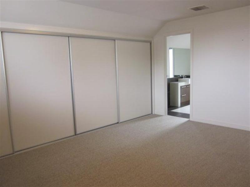 200 Bellerine Street, Geelong VIC 3220