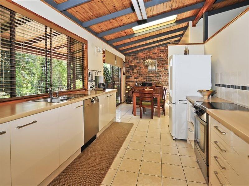 2 Megan Street, Camira QLD 4300