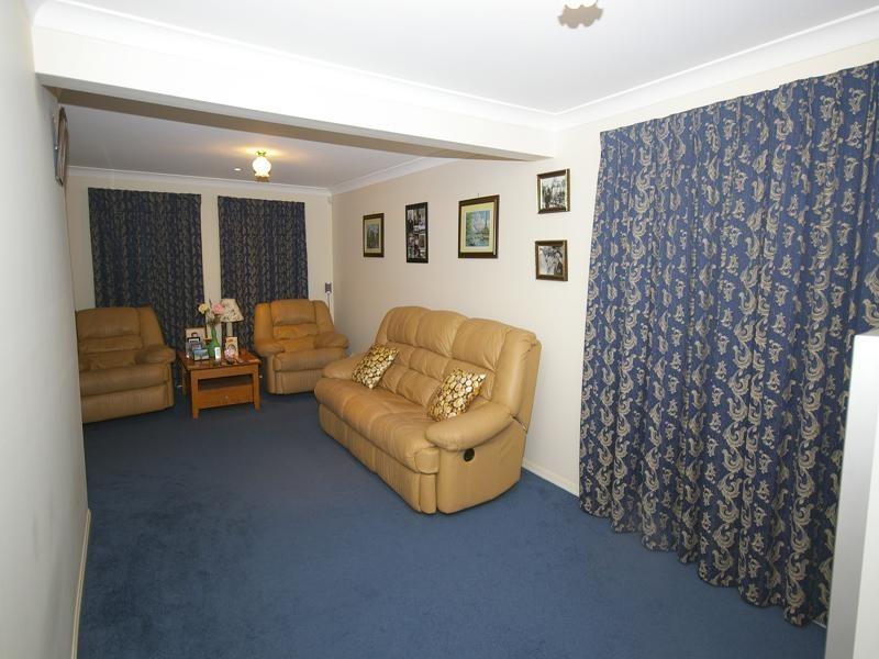 17 Greta Court, Camira QLD 4300