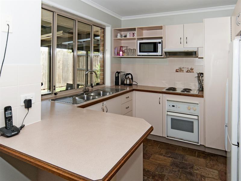 15 Carissa Court, Camira QLD 4300