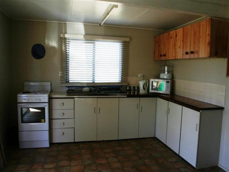 18 Bedwell Street, Yuleba QLD 4427