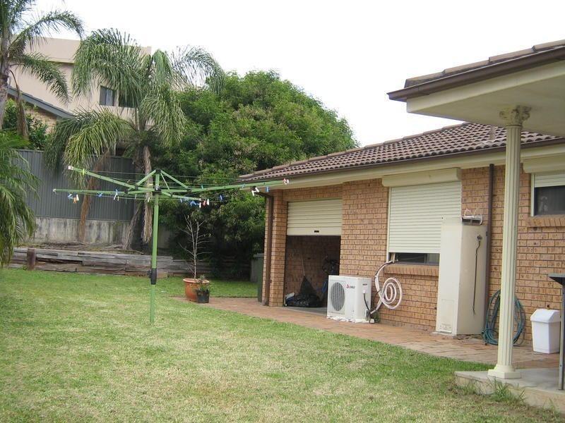 7 Province Street, Abbotsbury NSW 2176