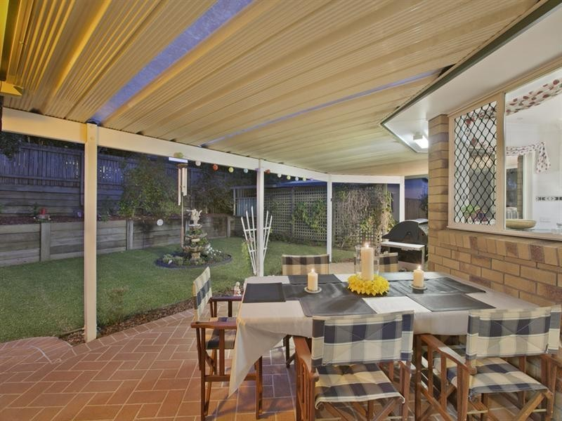 59 Clive Road, Birkdale QLD 4159