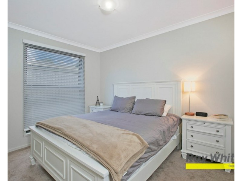 8/14 Bainbridge Street, Ormiston QLD 4160