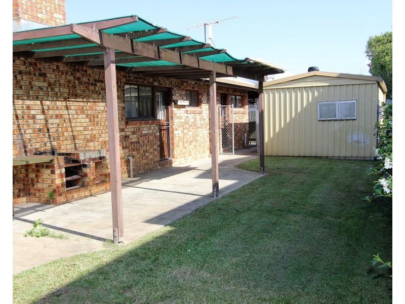 4 Bates Drive, Birkdale QLD 4159