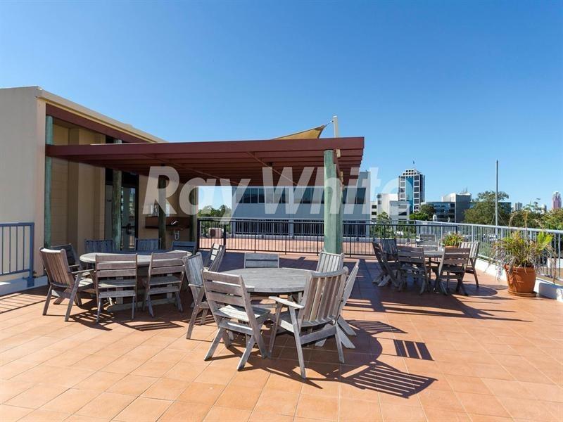 87-89 Upton Street, Bundall QLD 4217