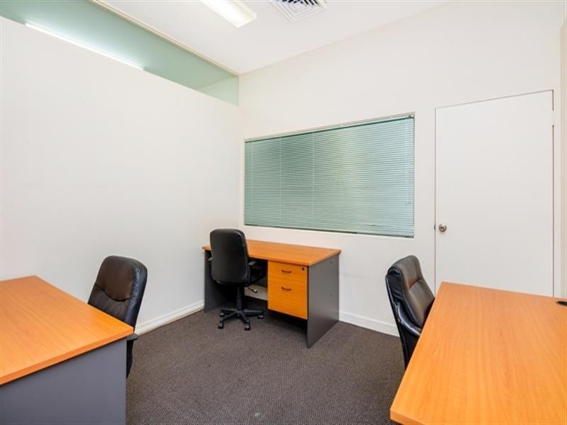 4/115 Currumburra Road, Ashmore QLD 4214