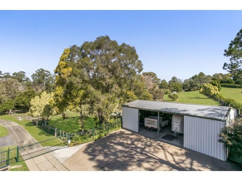 116 Gold Creek Road, Brookfield QLD 4069