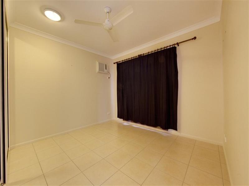 7 St Albans Road, Mount Louisa QLD 4814
