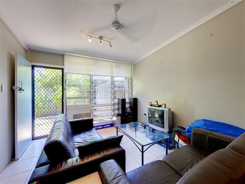 2/53 Princess Road, Hyde Park QLD 4812