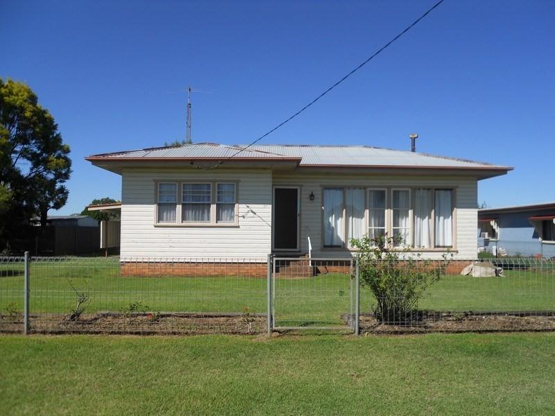37 Main Street, Mount Tyson QLD 4356